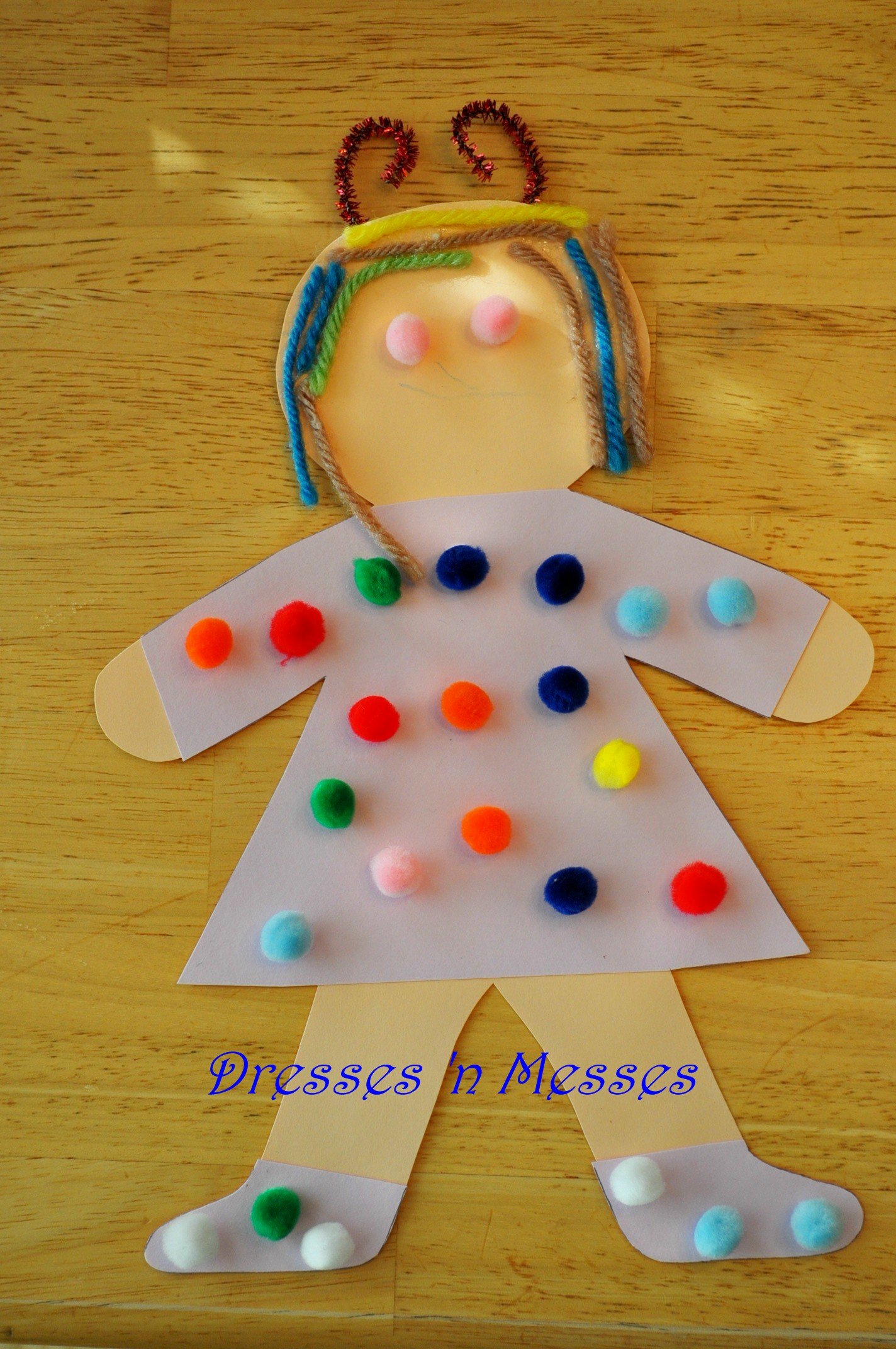 All about me theme dresses 39 n messes for All about me toddler crafts